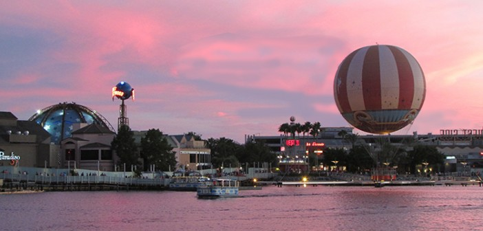 Characters-in-flight-downtown-disney-balloon-shrunk