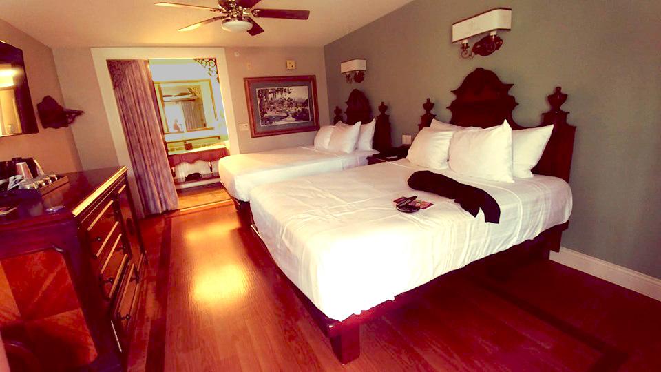 Bedroom in Port Orleans French Quarter