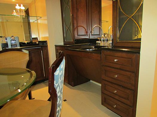 Waldorf Astoria suite kitchen