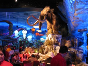 wooly-mammoth-t-rex-downtown-disney