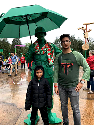 The Rampersad family meets a Green Army Man on a Rainy day at Disney's Hollywood Studios