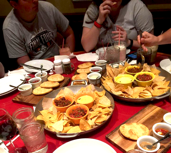 Whispering Canyon - Guests share food