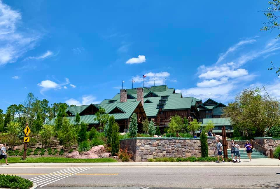 Front view of Wilderness Lodge Resort