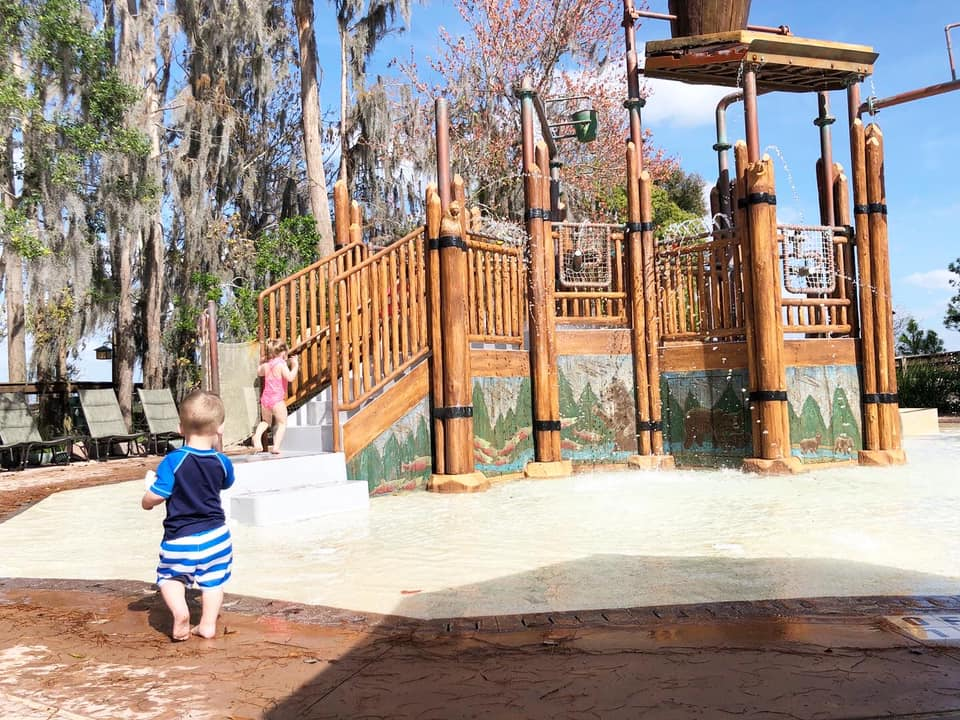 Kids water park in Wilderness Lodge Resort