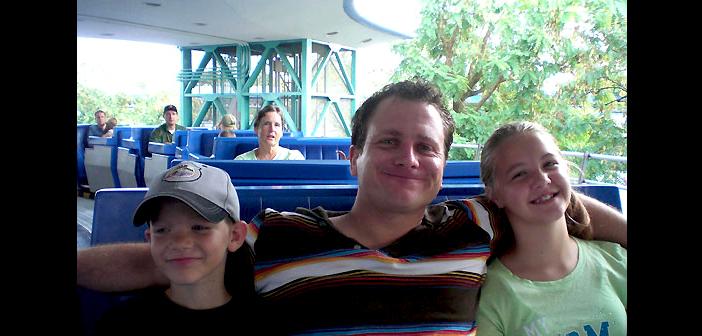 Tomorrowland Transit Authority PeopleMover Disney World Magic Kingdom