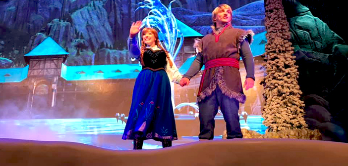 Frozen Sing-along - Hollywood Studios - Disney World (photo by Sue Mickelson)