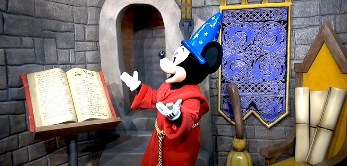 Walt Disney Presents - Hollywood Studios - Disney World header