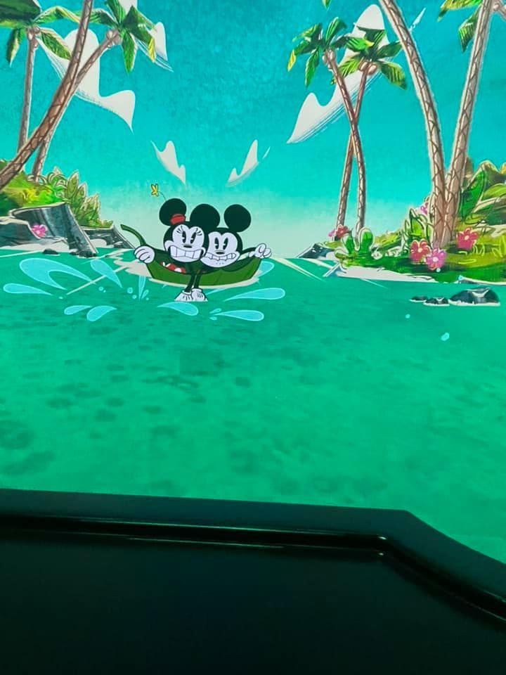 Mickey and Minnie's Runaway Train water scene
