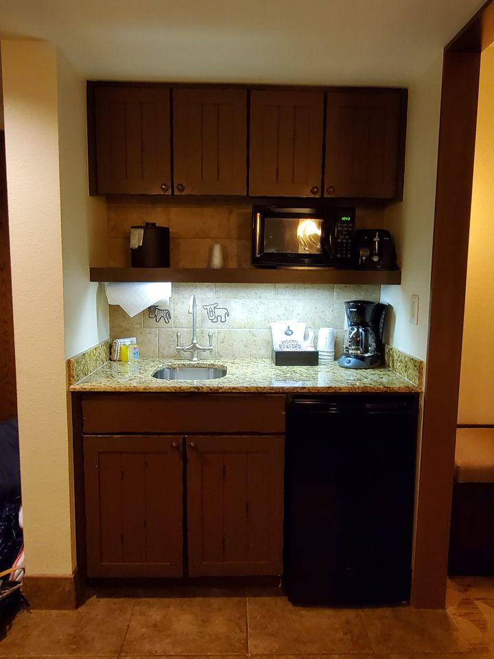 Jamba House Studio Villa kitchenette area