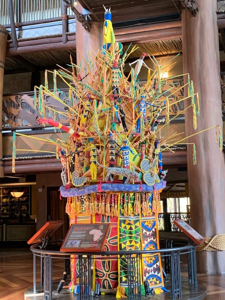 Lobby sculpture in Animal Kingdom Lodge