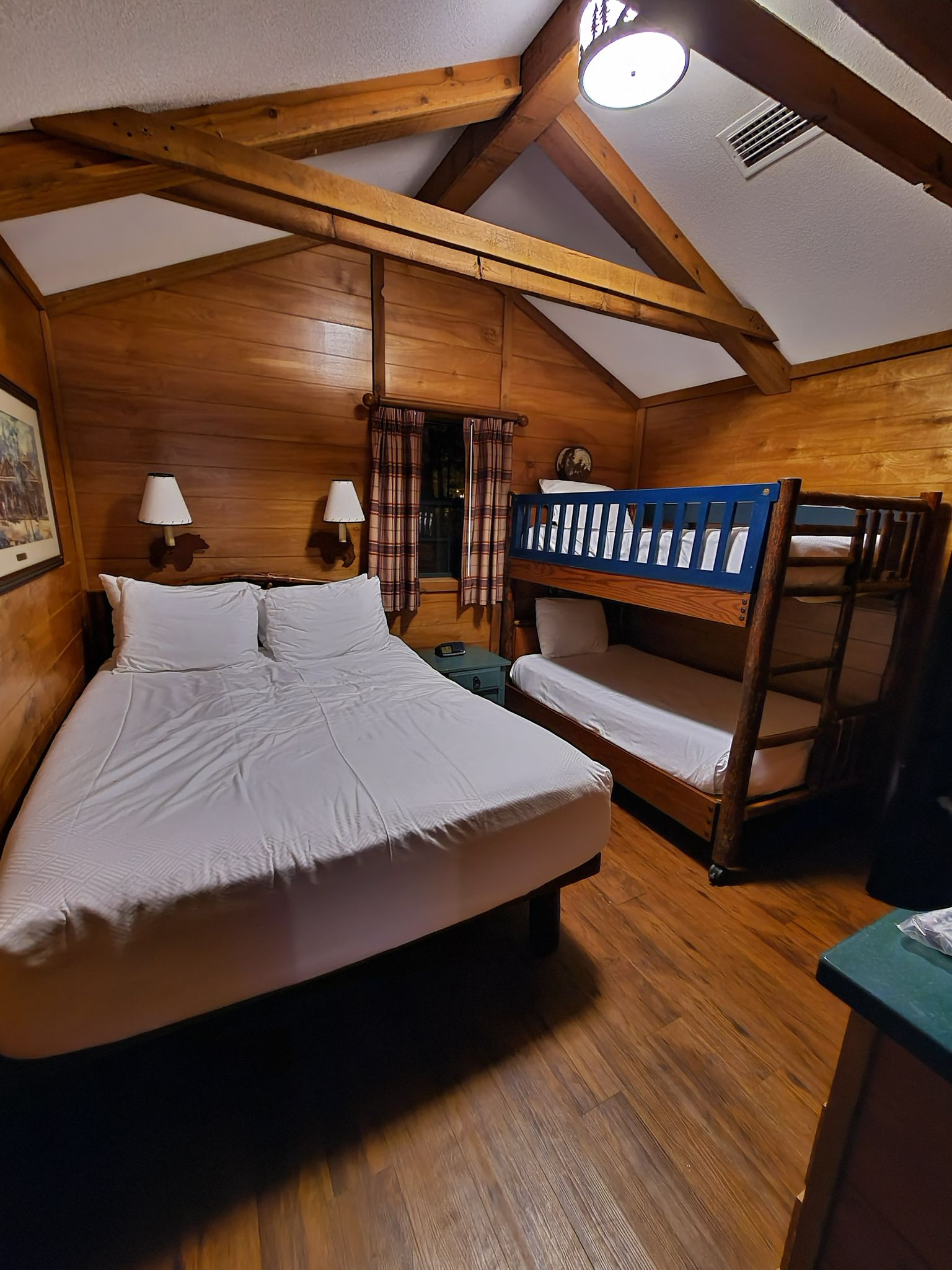 Fort Wilderness bedroom